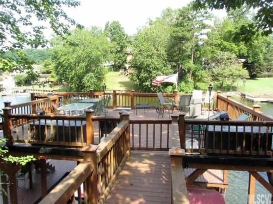 2 Story/Bsmt, Single Family - Hickory, NC (photo 2)