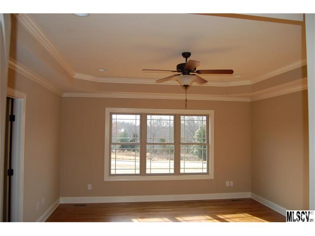 1.5 Story, Arts and Crafts - Hickory, NC (photo 4)