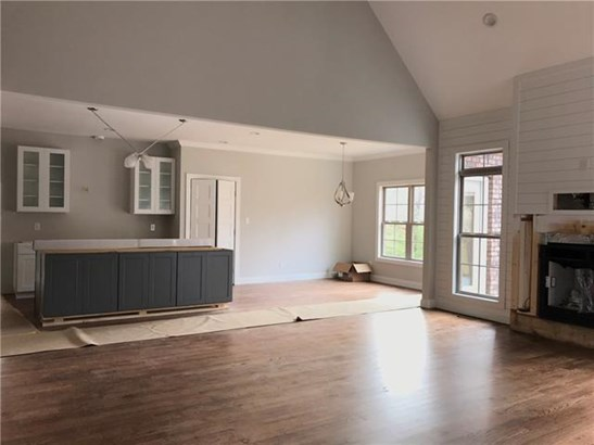Transitional, 2 Story/Basement - Hickory, NC (photo 4)