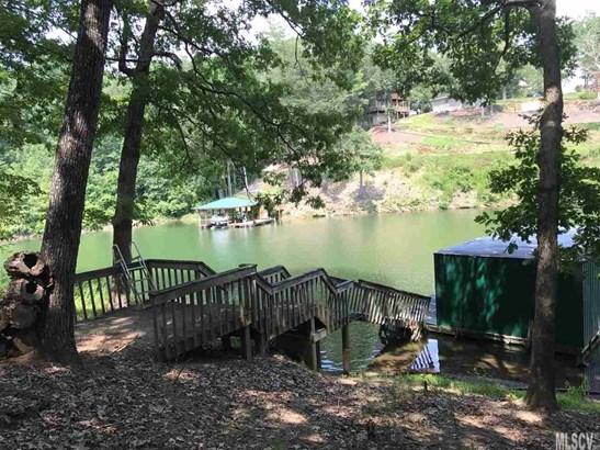 Bungalow, Single Family - Taylorsville, NC (photo 2)