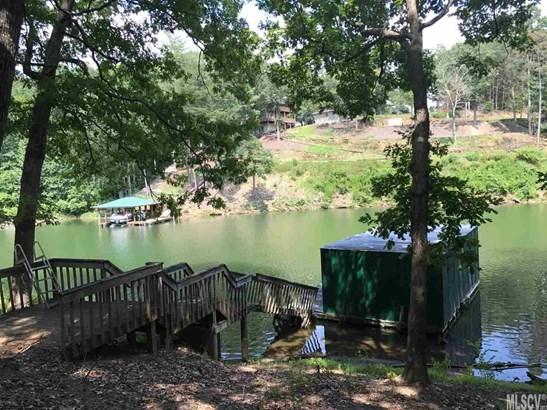 Bungalow, Single Family - Taylorsville, NC (photo 3)