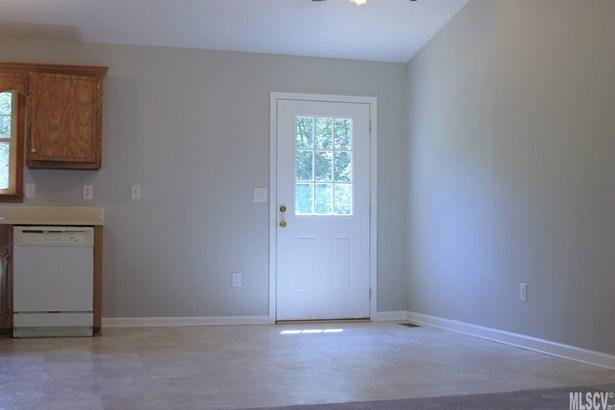Split Foyer, Single Family - Lenoir, NC (photo 5)