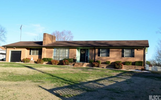Single Family, Ranch/Bsmt - Maiden, NC (photo 1)