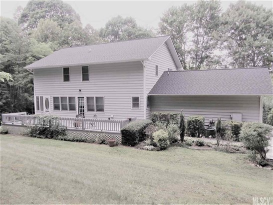 2 Story/Bsmt, Single Family - Valdese, NC (photo 4)
