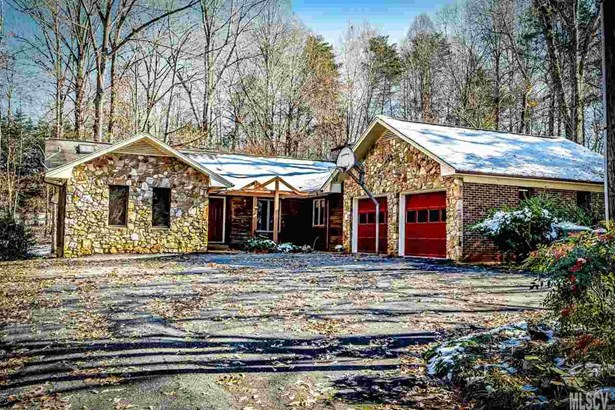 Single Family, Ranch/Bsmt - Conover, NC (photo 1)