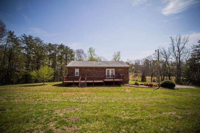 1 Story Basement, Ranch - Hickory, NC (photo 4)
