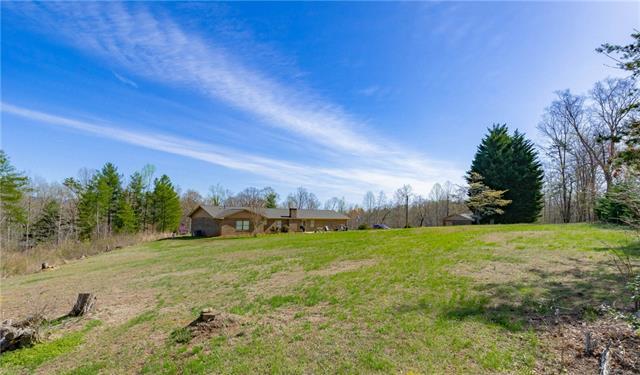 1 Story, Ranch - Taylorsville, NC (photo 4)
