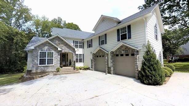 1.5 Story/Bsmt, Single Family - Conover, NC (photo 1)