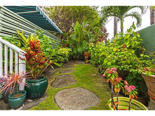 Detach Single Family,Multiple Dwellings, Residential - Kailua, HI (photo 2)