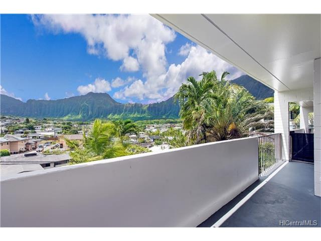 Low-Rise 6 or Less Stories,Walk-Up, Residential - Kaneohe, HI (photo 1)