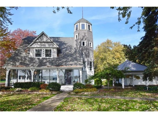 Colonial - Harsens Island, MI (photo 1)