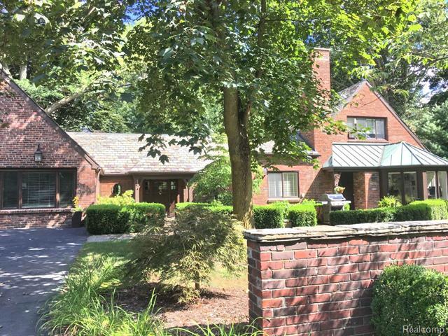 Tudor - Bingham Farms, MI