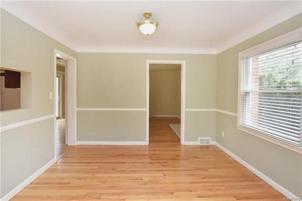 Colonial - Royal Oak, MI (photo 5)