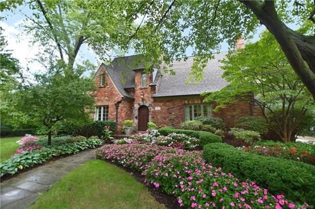 Tudor - Bloomfield Hills, MI