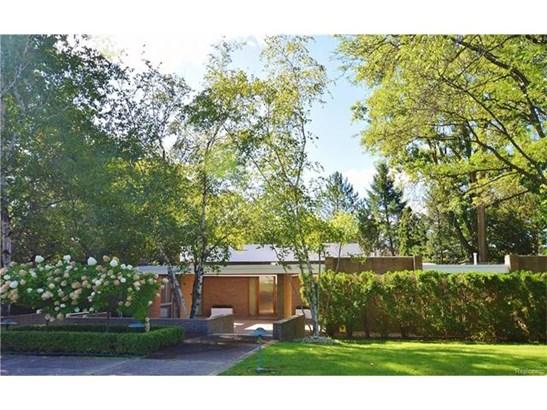 Contemporary - Bloomfield Hills, MI (photo 1)
