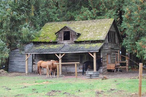 14450 Squamish Valley Road, Squamish, BC - CAN (photo 4)