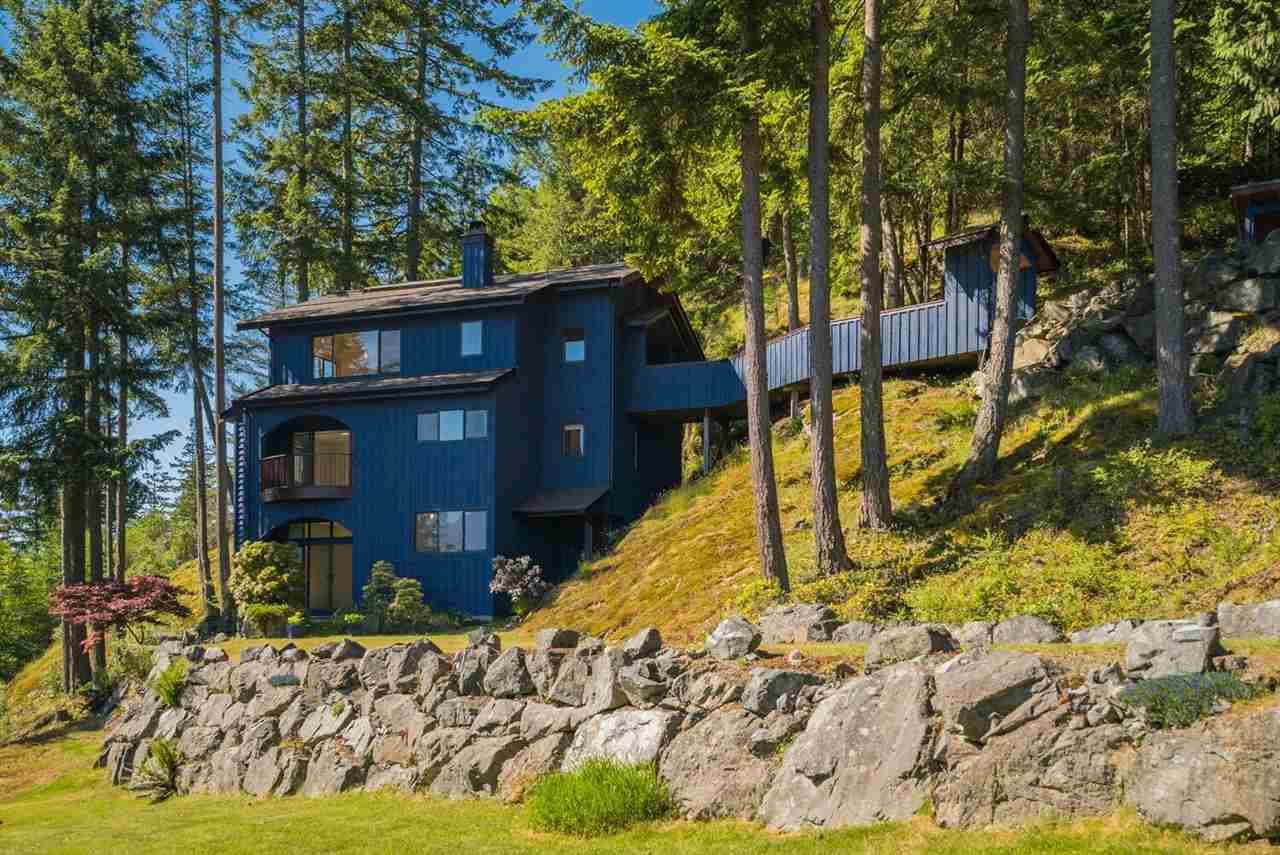 871 Valhalla Place, Bowen Island, BC - CAN (photo 2)
