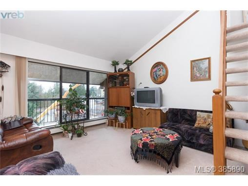 404 1005 Mckenzie Ave, Saanich East, BC - CAN (photo 3)