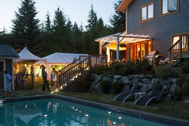310 Forest Ridge, Bowen Island, BC - CAN (photo 1)
