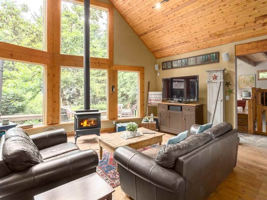 2601 The Boulevard, Squamish, BC - CAN (photo 2)