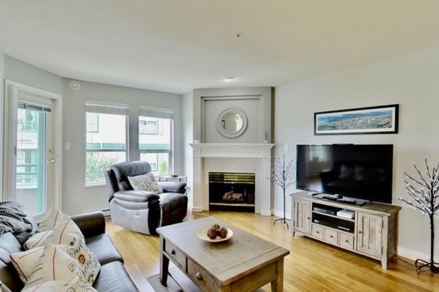 305 1575 Best Street, White Rock, BC - CAN (photo 4)