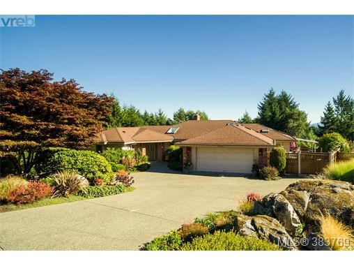 8570 Sentinel Pl, North Saanich, BC - CAN (photo 1)