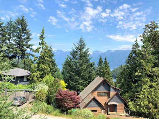 962 Harbour View Place, Bowen Island, BC - CAN (photo 2)