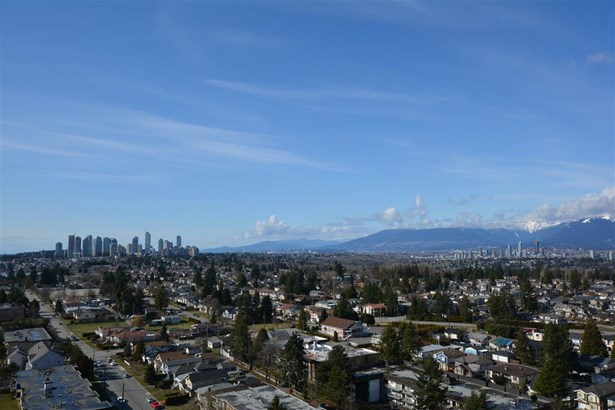 2302 7088 Salisbury Avenue, Burnaby, BC - CAN (photo 5)
