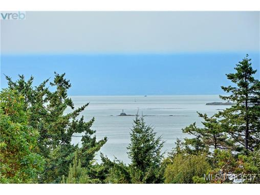 2931 Sea Point Dr, Saanich East, BC - CAN (photo 1)