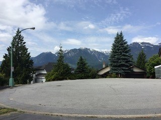1004 Tobermory Way, Squamish, BC - CAN (photo 1)