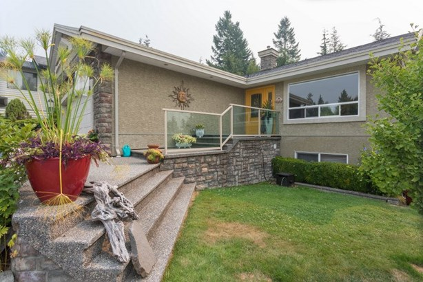 1004 Tobermory Way, Squamish, BC - CAN (photo 3)