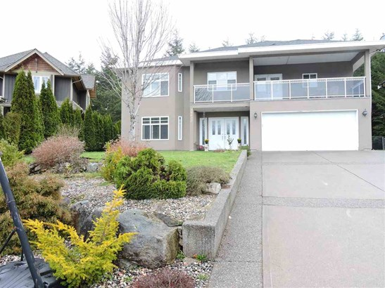 38622 Cherry Drive, Squamish, BC - CAN (photo 1)