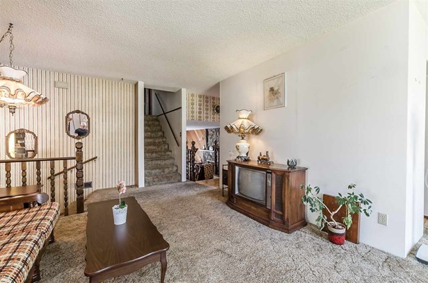 2480 Sunnyside Place, Abbotsford, BC - CAN (photo 4)