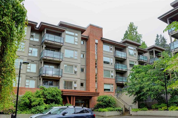 415 1677 Lloyd Avenue, North Vancouver, BC - CAN (photo 1)