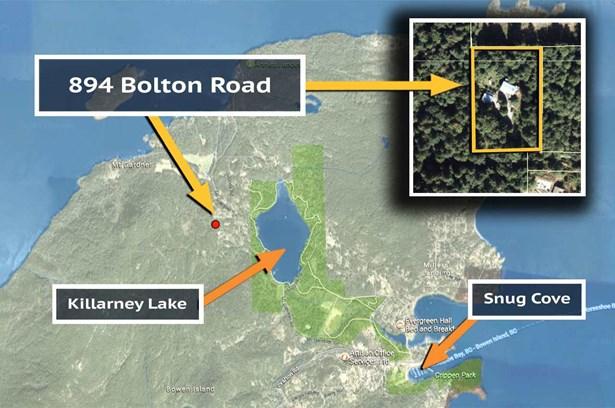 894 Bolton Road, Bowen Island, BC - CAN (photo 2)