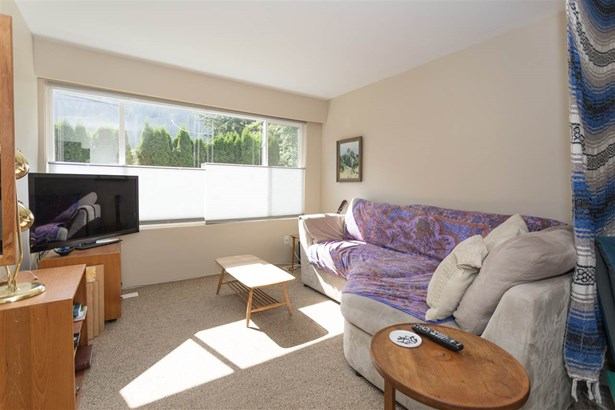 37955-9 Westway Avenue, Squamish, BC - CAN (photo 4)