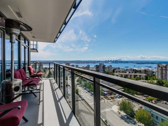 1303 111 E 13th Street, North Vancouver, BC - CAN (photo 3)