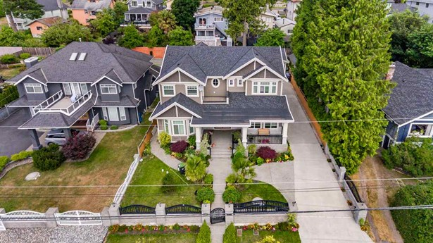 1415 Nanaimo Street, New Westminster, BC - CAN (photo 1)