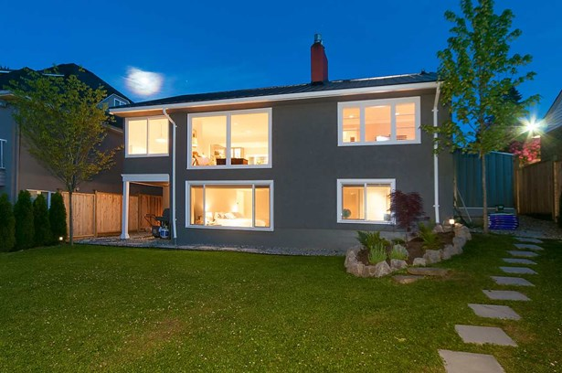 4009 Edinburgh Street, Burnaby, BC - CAN (photo 1)