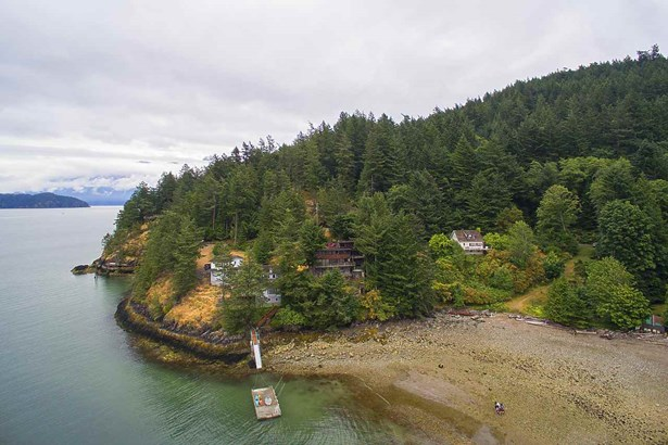 1710 Woods Road, Bowen Island, BC - CAN (photo 5)