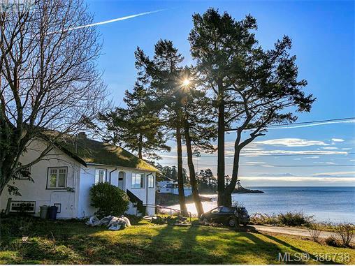 455 Sturdee St, Esquimalt, BC - CAN (photo 1)