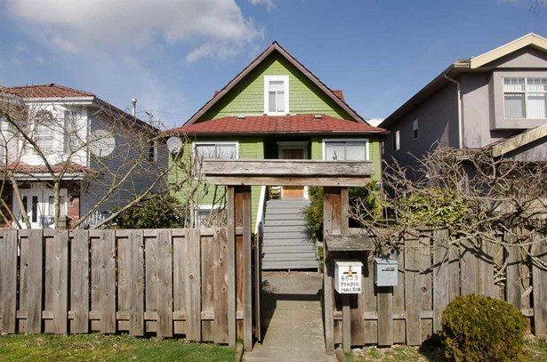 4529 Pender Street, Burnaby, BC - CAN (photo 1)