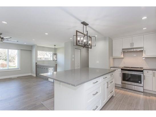 11628 211 Street, Maple Ridge, BC - CAN (photo 4)