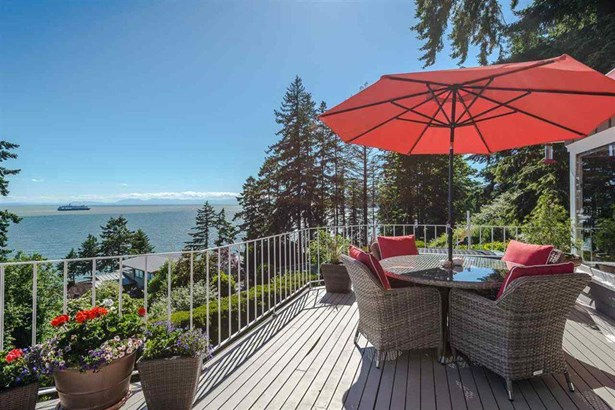 3720 Creery Avenue, West Vancouver, BC - CAN (photo 1)