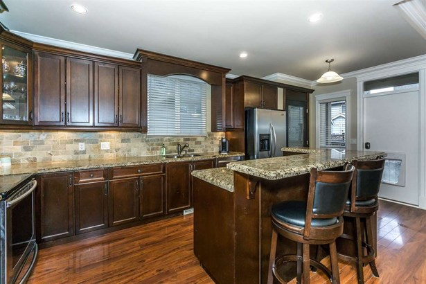 7267 199a Street, Langley, BC - CAN (photo 5)