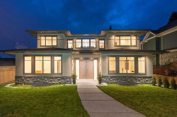 917 Grand Boulevard, North Vancouver, BC - CAN (photo 1)