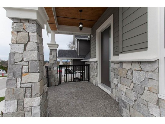 2916 161a Street, Surrey, BC - CAN (photo 2)