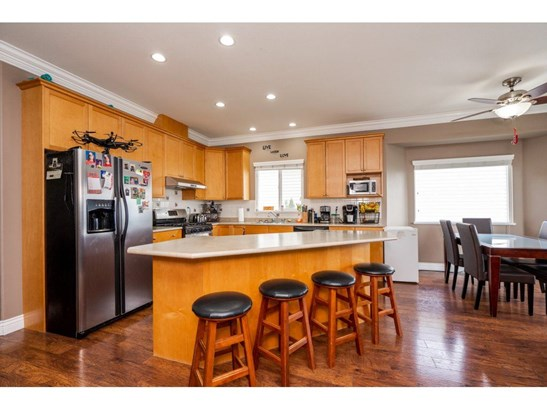 35588 Dina Place, Abbotsford, BC - CAN (photo 5)