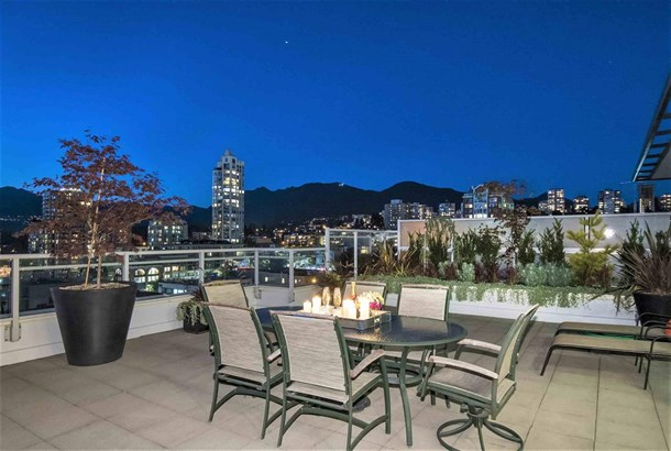 Ph3 168 E Esplanade, North Vancouver, BC - CAN (photo 4)