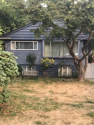 1348 W 17th Street, North Vancouver, BC - CAN (photo 1)